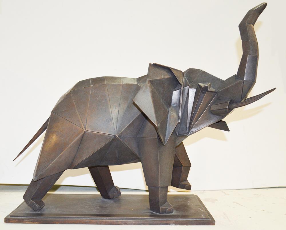 sculpture bronze elephant